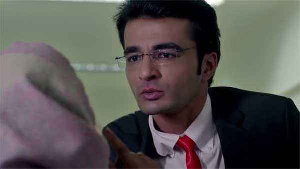 Doctor, I Love You Shiraz Hussain With Goggle Stills