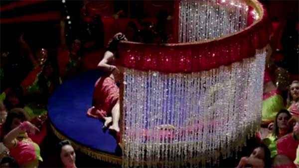 Dolly Ki Doli Malaika Arora In Fashion Khatam Mujhpe Stills