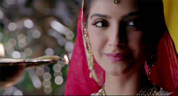 Dolly Ki Doli Sonam Kapoor Cute Wallpaper Stills