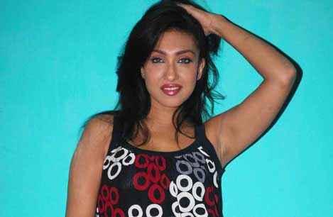 Dunno Y Na Jaane Kyun Rituparna Sengupta Hot Wallpaper Stills