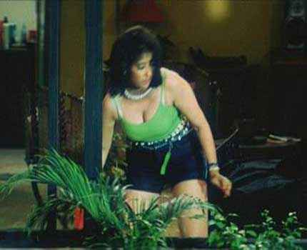 Ek Chotisi Love Story Manisha Koirala Hot Boobs Stills