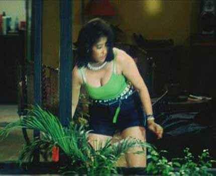 Ek Chotisi Love Story Manisha Koirala Hot Boobs Stills