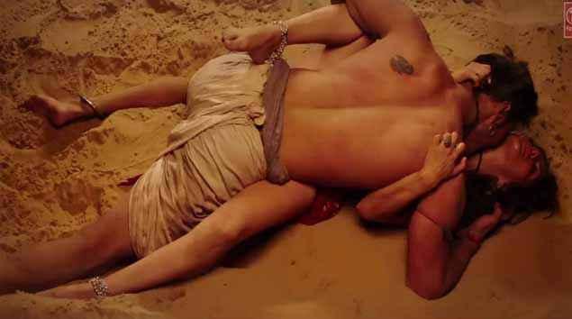 Ek Paheli Leela Rajniesh Duggal Sunny Leone Hot Kissing Scene Stills