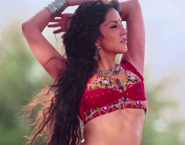 Ek Paheli Leela Sunny Leone In Red Blouse Stills