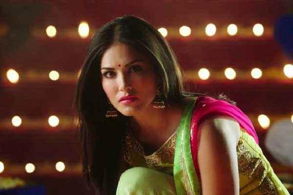 Ek Paheli Leela Sunny Leone In Suit Stills