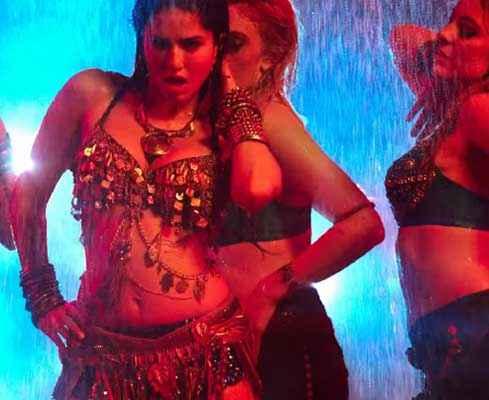 Ek Paheli Leela Sunny Leone Rain Dance Stills