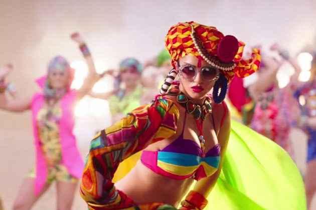 Ek Paheli Leela Sunny Leone Sexy Colored Dress Stills