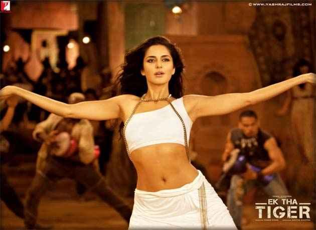 Ek Tha Tiger Katrina Kaif Dance Stills