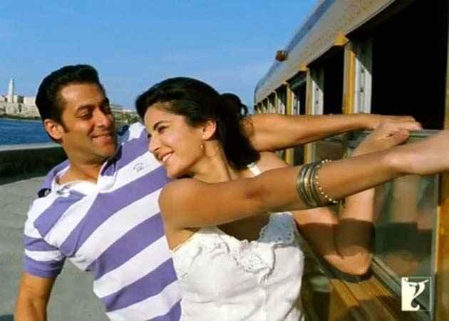 Ek Tha Tiger Salman Katrina Romantic Scene Stills