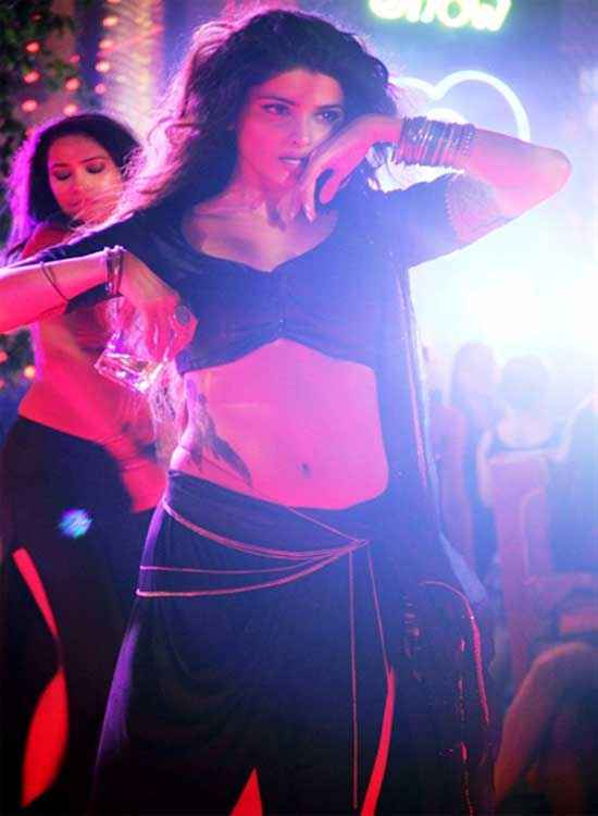 Ek Villain Prachi Desai Awari Item Song Pics Stills