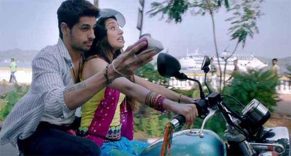 Ek Villain Sidharth Malhotra Shraddha Kapoor Driving Bike Stills