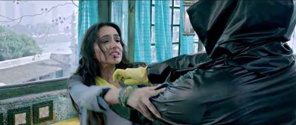 Ek Villain Sidharth Malhotra Shraddha Kapoor Fighting Scene Stills