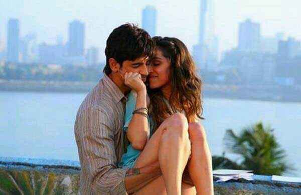 Ek Villain Sidharth Malhotra Shraddha Kapoor Hot Romantic Pic Stills