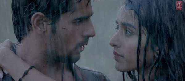 Ek Villain Sidharth Malhotra Shraddha Kapoor Romance Scene Stills