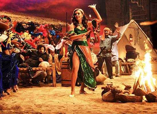 Ekkees Toppon Ki Salaami Neha Dhupia Sexy Image Stills