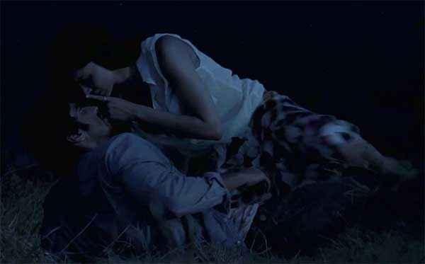 Finding Fanny Arjun Kapoor Deepika Padukone Romantic Scene Stills