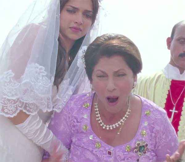Finding Fanny Deepika Padukone Dimple Kapadia In White Dress Sad Scene Stills