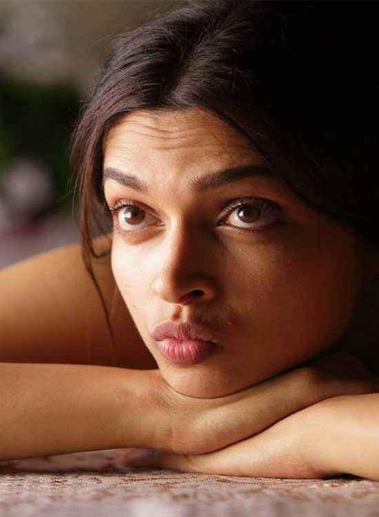 Finding Fanny Deepika Padukone Eyes Look Stills