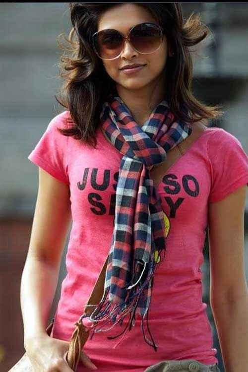 Finding Fanny Deepika Padukone Stills