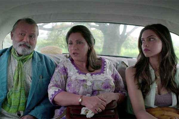 Finding Fanny Pankaj Kapur Dimple Kapadia Deepika Padukone In Car Stills