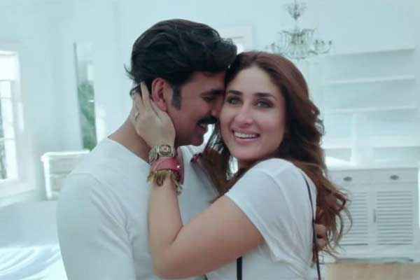 Gabbar Is Back Akshay Kumar Kareena Kapoor Romantic Scene Stills