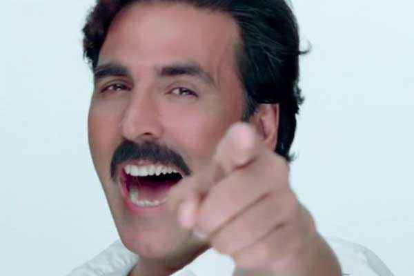 Gabbar Is Back Akshay Kumar Teeth Stills