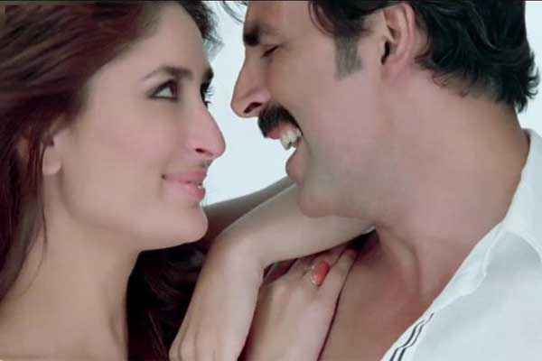 Gabbar Is Back Kareena Kapoor Akshay Kumar Romantic Pics Stills