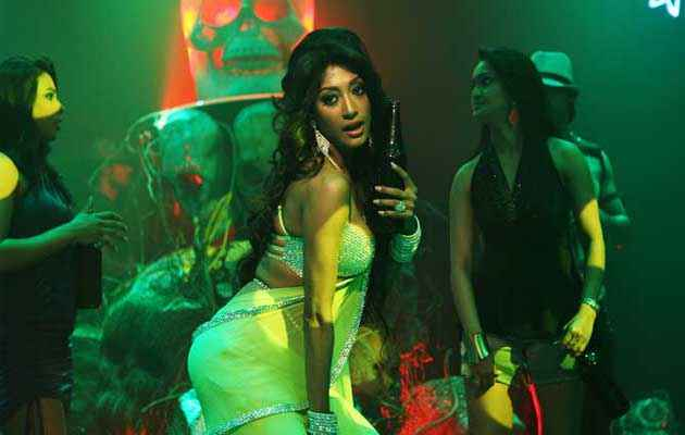 Gang of Ghosts Paoli Dam Sexy Pics Stills