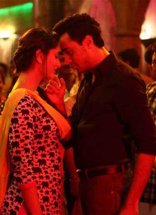Gori Tere Pyaar Mein Imran Khan Kareena Kapoor Romance Stills