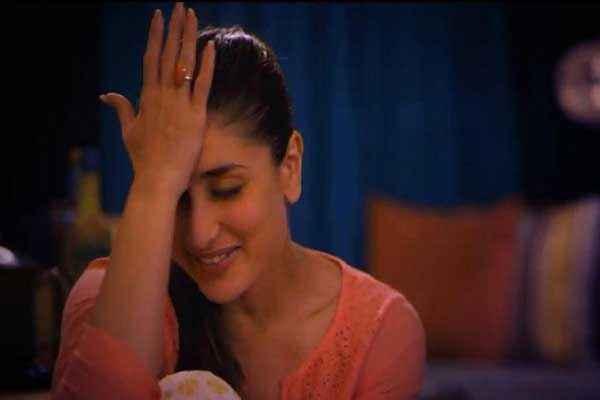 Gori Tere Pyaar Mein Kareena Kapoor Hot Photo Stills