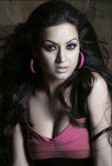 Grand Masti Maryam Zakaria Hot Pic Stills