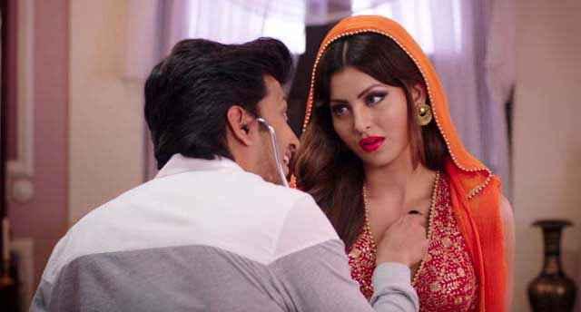 Great Grand Masti Riteish Deshmukh Urvashi Rautela Hot Romantic Scene Stills