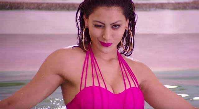 Great Grand Masti Urvashi Rautela Hot Pink Dress Stills