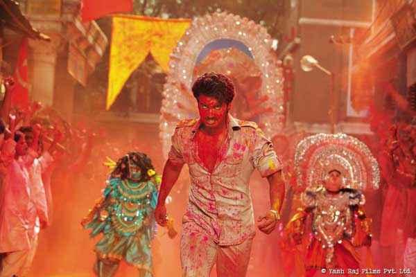 Gunday Arjun Kapoor Danger Scene Stills