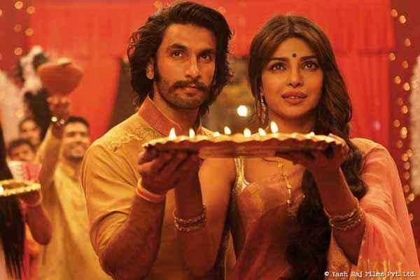 Gunday Ranveer Singh Priyanka Chopra With Aarti Stills