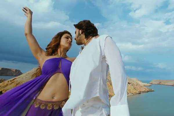 Gunday Ranveer Singh White Dress Priyanka Chopra Blue Dress Stills