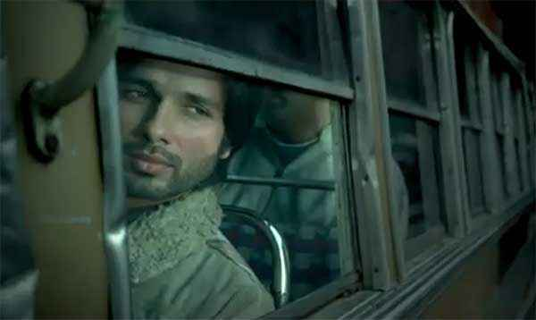 Haider Shahid Kapoor In Bus Stills