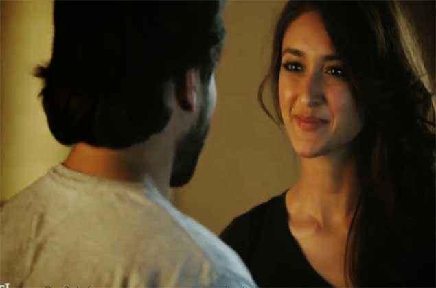 Happy Ending Saif Ali Khan Ileana Dcruz Cute Smile Stills