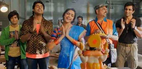 Happy New Year Deepika Padukone Blue Saree Stills