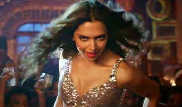 Happy New Year Deepika Padukone Boobs Cleavage Stills