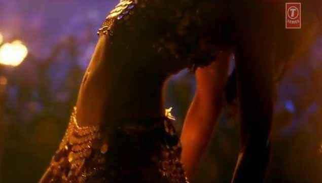 Happy New Year Deepika Padukone Hot Waist Stills