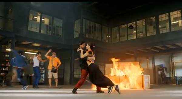 Happy New Year Shahrukh Khan Deepika Padukone Dance ...