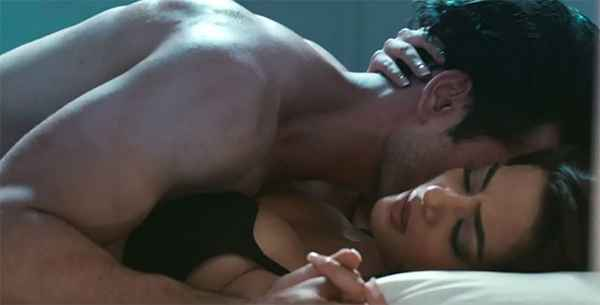 Hate Story 2 Jay Bhanushali Surveen Chawlas Black Bra Boobs Stills