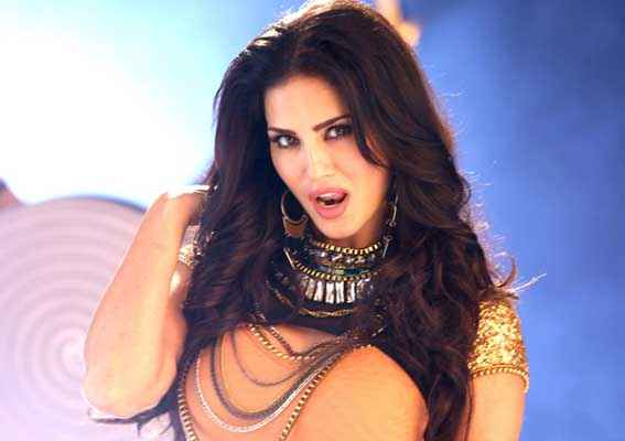 Hate Story 2 Sunny Leone In Pink Lips Song Stills