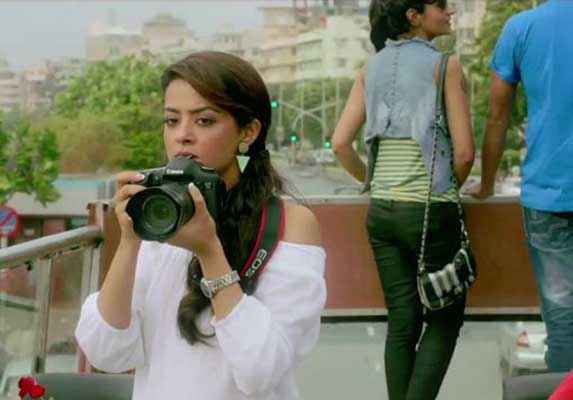 Hate Story 2 Surveen Chawla With Camera Stills