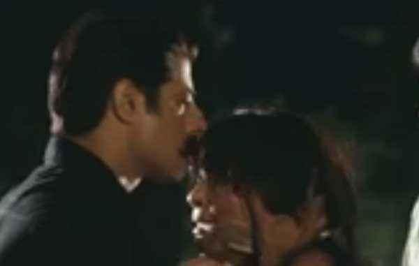 Hate Story 2 Sushant Singh Kissing Surveen Chawla Stills
