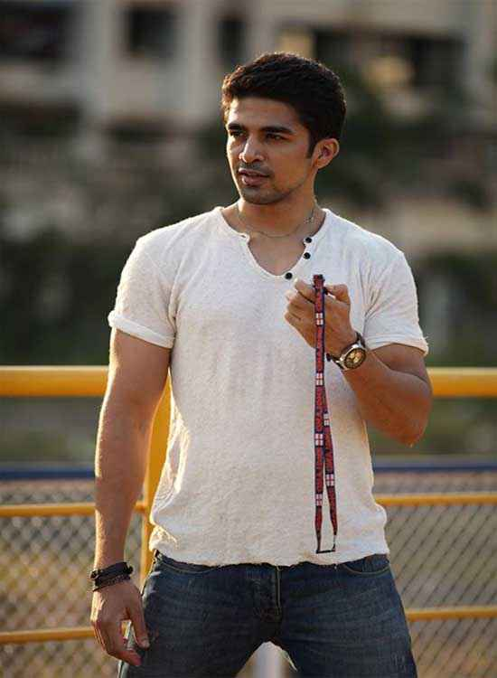 Hawaa Hawaai Saqib Saleem Wallpaper Stills