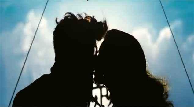 Hawaizaada Ayushmann Khurrana Pallavi Sharda Kissing Scene Stills