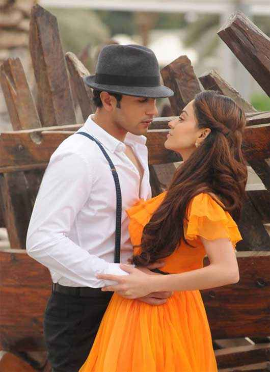 Heartless Adhyayan Suman Ariana Ayam HD Wallpaper Stills