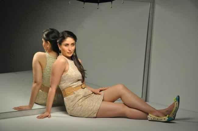Heroine Kareena Kapoor Hot Pictures Stills